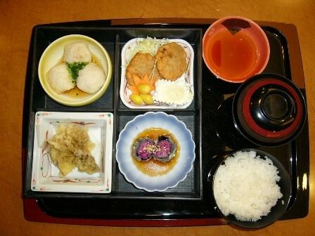 学生米粉料理コンテストの最優秀賞作品